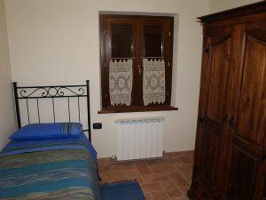 agriturismo-i-daini-umbria-appartamento-istrice-camera-singola